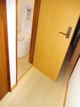 トイレ完成ドア